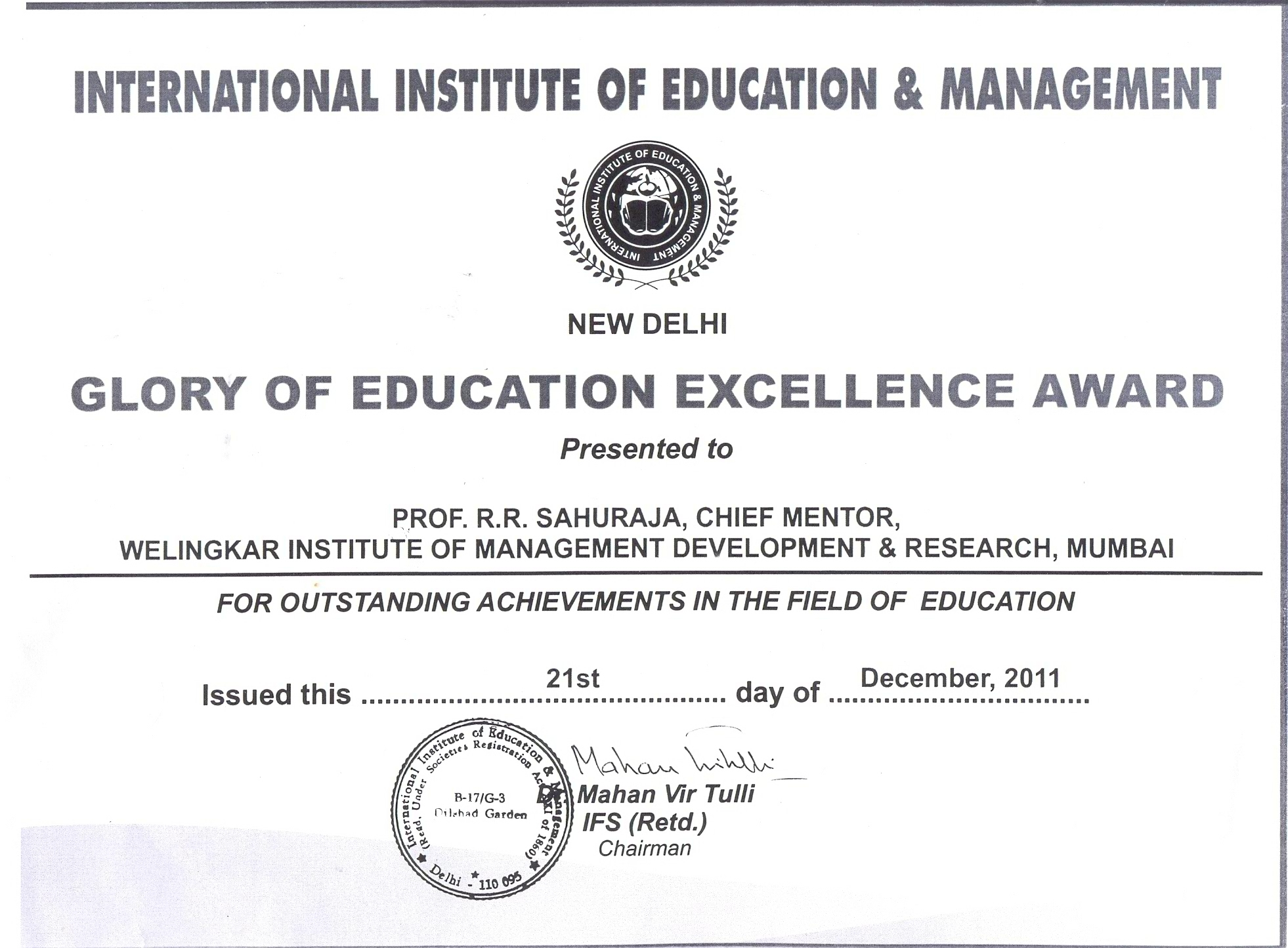 Prof RR Sahuraja gets Glory of Education Excellence Award