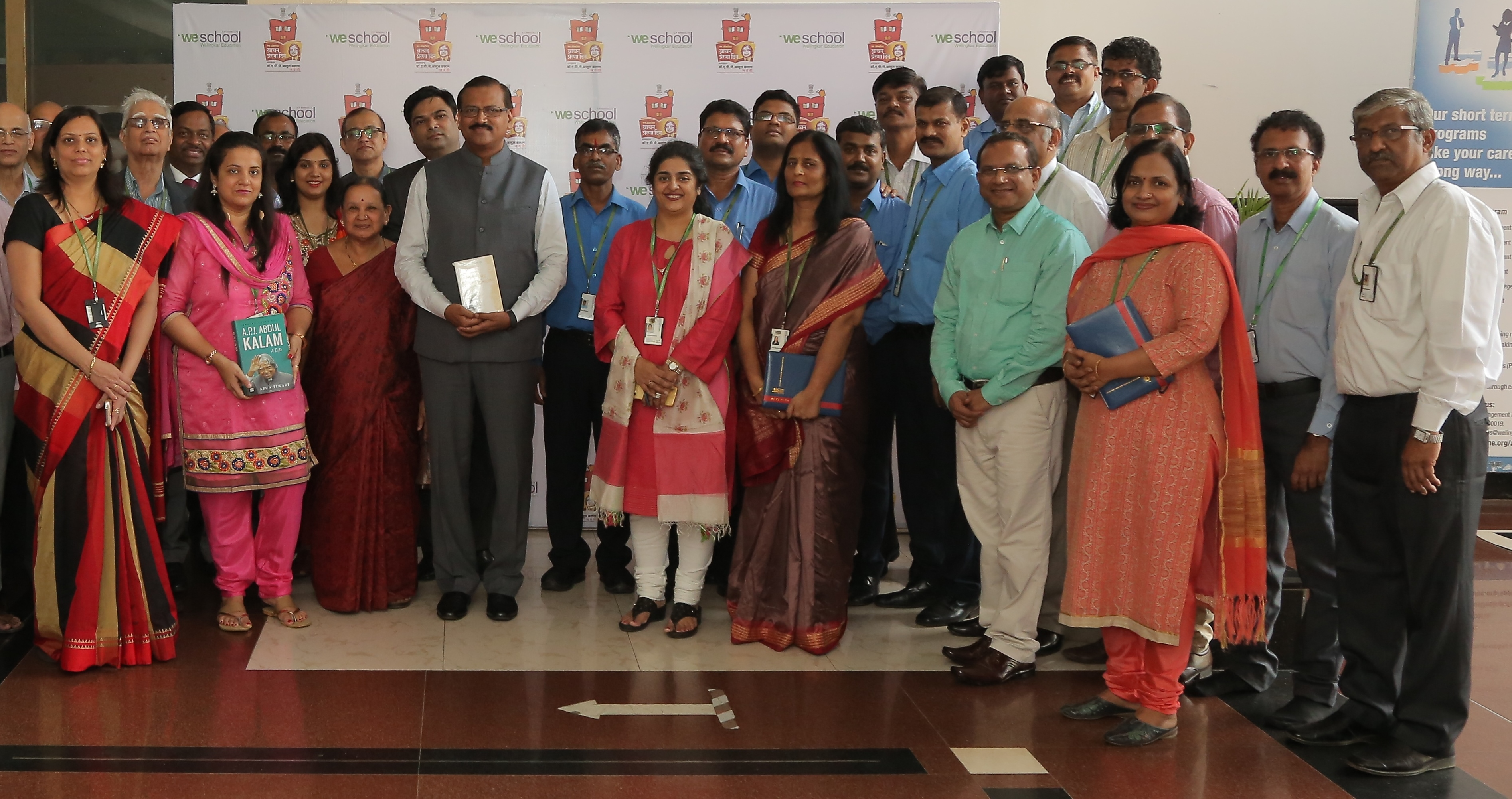 Prof. Dr Uday Salunkhe, Group Director, WeSchool along with faculty ,staff and students at book exhibition on Vaachan Prerana Din to commemorate birth anniversary of legendary Dr A.P.J. Abdul Kalam, former President of India